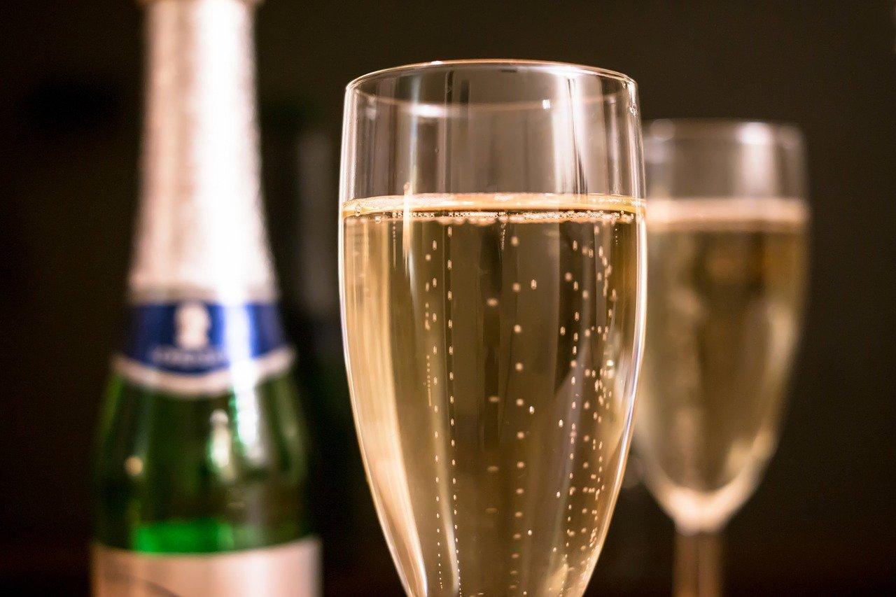 Pourquoi boire du champagne dans une flûte ?